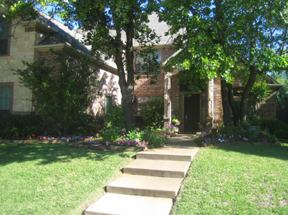 toms lawn service is tarrant countys 1 lawn service since 1986 complete the quick quote form at right or call me today to set up an appointment - Toms Lawn And Garden